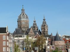 There are some great places to explore outside Amsterdam for the day that you can easily do on your own! Public transport is excellent in the Netherlands; websites for the Dutch National Rail syste…