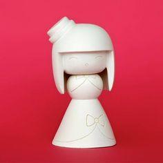 Momiji Lolita - Blank Dolls (kendi Momijinin kendin boya / paint your own doll)   ByWonderland, Momiji Türkiye Distribütörü online satış sitesi.