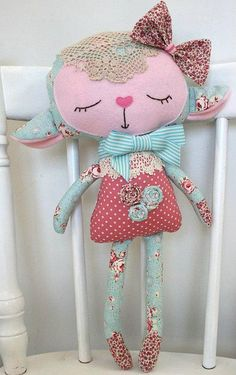 Sewing Toys * Dolls And Daydreams - Doll And Softie PDF Sewing Patterns: Handmade Easter: Lovely Lambs Fabric Toys, Fabric Crafts, Sewing Crafts, Sewing Projects, Paper Toys, Fabric Art, Softies, Plushies, Pdf Sewing Patterns