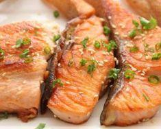 Saumon grillé façon teriyaki : http://www.fourchette-et-bikini.fr/recettes/recettes-minceur/saumon-grille-facon-teriyaki.html