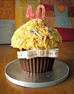 Creative 40th Birthday Cake Ideas - Cupcake cake idea #women #DIY made by Bake That and Party   http://www.sassydealz.com/2014/01/creative-40th-birthday-cake-ideas.html