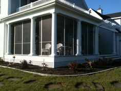 1000 images about screened porch on pinterest screened for Round porch columns