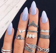 Lilac manicure