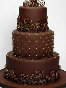 As it's World Chocolate day on Sunday I just had to share this adorable chocolate wedding cake - - Yummy 🍰 - - Wedding Cake Prices, Diy Wedding Cake, Floral Wedding Cakes, Beautiful Wedding Cakes, Gorgeous Cakes, Wedding Cake Designs, Chocolates, Cheesecake Wedding Cake, Cake Decorating Videos
