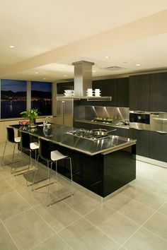 Kitchen Design With Metal Working Plate