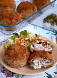 Érdekel a receptje? Hungarian Recipes, Salmon Burgers, Vegetable Recipes, Food And Drink, Reception, Foods, Meat, Vegetables, Ethnic Recipes