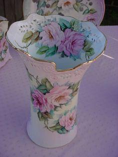 ROSES Porcelain Pierced Top Victorian Vase JH364-