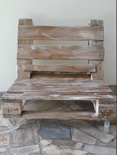 Fotel Krzesło Fotel z palety na kółkach w BYZYDURKI na DaWanda.com