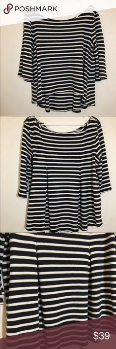 6bfbbf3744d2f Free People cannes Stripes Sweatshirt In great condition. It's stretchy. No  stains or rips
