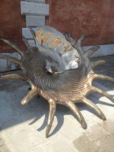 Marc Quinn, Biennale Venezia Lorenzo Quinn, Marc Quinn, Glass Artwork, Contemporary Art, Animals, Beautiful, Animaux, Contemporary Artwork, Animal