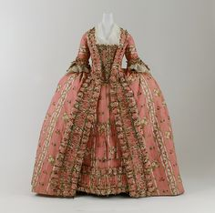 Dress Date: ca. 1775 Culture: French Medium: silk Accession Number: 2005.61a, b