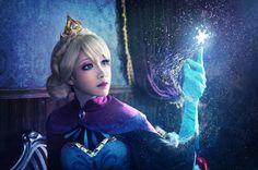"""cosplay-soul: """" Elsa the Snow Queen Frozen Cosplay, Elsa Cosplay, Cosplay Boy, Anime Cosplay Costumes, Disney Cosplay, Cosplay Wigs, Elsa Frozen, Disney Frozen, Lolita"""