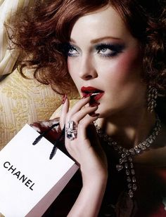 I can afford Chanel. I can buy it Coco Chanel, My Beauty, Beauty Hacks, Chanel Beauty, Divas, Mademoiselle Coco, Glamour, Chanel Couture, Russian Models
