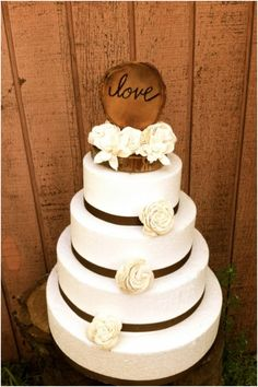 Rustic Country Wedding Cakes | ... Others / Rustic Wedding / Cute and Chic Rustic Wedding Cake Toppers