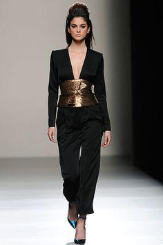 c8eddfd8ad30 Miguel Palacio - Runaway Mercedes Benz Fashion Week Madrid Fall-Winter  2013 2014 Red