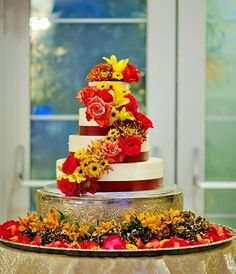 We love this 3-Tier Ribbon Wedding Cake seen at Villa Lombardi's.