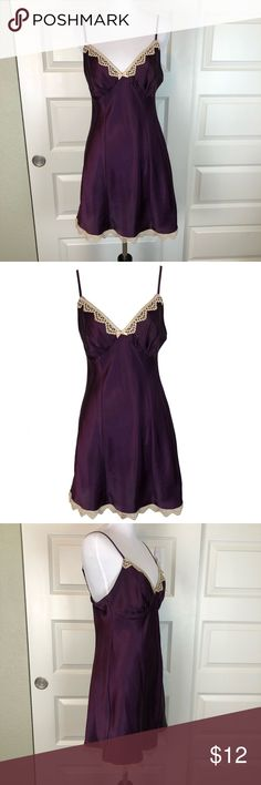 GILLIGAN & O'MALLEY Silky Purple Chemise Slip S Gilligan & O'Malley brand silky slip, size small. This lovely lingerie is a rich, deep shade of purple, with contrasting antiqued lace trim. Chemise is in excellent preworn condition without stains or holes; one tiny snag on the back as pictured. Happy to answer questions! Gilligan & O'Malley Intimates & Sleepwear Chemises & Slips