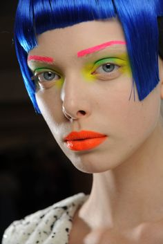 neon makeup, future girl, futuristic look, blue hair Make Up Looks, Eye Makeup, Hair Makeup, Doll Makeup, Makeup Inspo, Makeup Inspiration, Makeup Ideas, Beauty Make Up, Hair Beauty