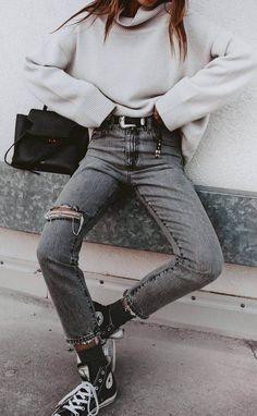 Street Style Boho, Street Style Outfits, Sneakers Street Style, Mode Outfits, Jean Outfits, Fashion Outfits, Sneakers Fashion, Jeans Fashion, Converse Fashion