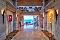 Mansion in Maui.