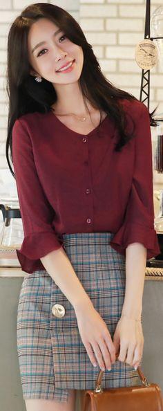 StyleOnme_Check Print Gold Button Detail Skirt #check #miniskirt #prefall #koreanfashion #kstyle #kfashion #dailylook #seoul