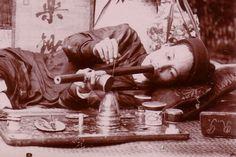 Smoking opio. XIX century.