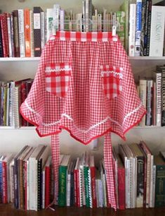 Victory red gingham apron by Janny Dangerous