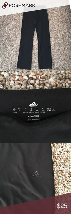 Adidas Climalite Flare Leggings Perfect condition, only worn once! Super comfy and stretchy but fitted so makes the body look good. Flare leggings. Adidas Pants Leggings