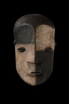 Masque Ngbaka/Bwaka MNG12
