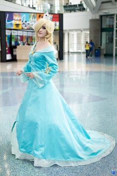 Best Cosplay Ever (This Week)--Rosalina - COSPLAY IS BAEEE! Tap the pin now to grab yourself some BAE Cosplay leggings and shirts! From super hero fitness leggings, super hero fitness shirts, and so much more that wil make you say YASSS! Mario Cosplay, Cosplay Anime, Cute Cosplay, Cosplay Dress, Cosplay Makeup, Amazing Cosplay, Cosplay Outfits, Halloween Cosplay, Cosplay Girls
