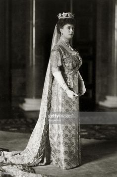 History Personalities, British Royalty, pic: 1913, HM,Queen Mary, portrait, Queen Mary (1867-1953) born Mary of Teck, became Queen Consort when her husband King George V ascended the throne in 1910