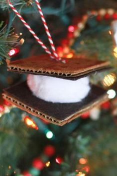 70 Homemade Christmas Ornaments - DIY Crafts with Christmas Tree Ornaments