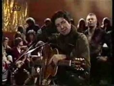 "Leonard Cohen ""Famous blue raincoat"" (sub.castellano - YouTube"