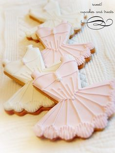 Pretty ballerina cookies.