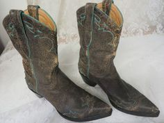OLD GRINGO BOOTS Western Brown Distress Turquoise SHORTY 9 ½B Dancing Rodeo  #THEOLDGRINGO #RidingEquestrianDANCINGWESTERN