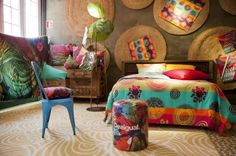 Desigual Living Collection llena de color la casa   Etxekodeco
