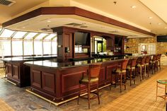 White Manor Country Club - Bar