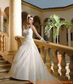 Miss Kelly MK11146  Vestido de Novia  The Sposa Group