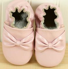 baby soft soled shoes