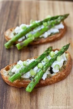 Grilled Asparagus Tartines with Fresh Ricotta, Pesto  Scallions