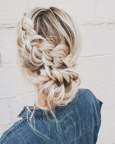 Pin by )lia equest( on hairstyles in 2019 hair styles, blonde hair, hair. Cool Braid Hairstyles, Pretty Hairstyles, Wedding Hairstyles, Hairstyles 2018, Homecoming Hairstyles, Winter Hairstyles, Formal Hairstyles, Headband Hairstyles, Good Hair Day