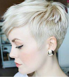 25 Most Popular Short Pixie Haircut For Women Style Ideas Short Pixie Hairstyles haircut Ideas Pixie Popular Short Style Women Sassy Hair, Curly Hair, Short Pixie Haircuts, Haircut Short, Blonde Pixie Haircut, Butch Haircuts, Pixie Haircut Styles, Blonde Bangs, Blonde Pixie Cuts
