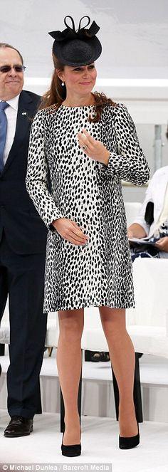 Day dress (add v neckline)