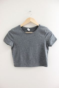 Solid gray crop top with short sleeves and no graphic. Available in two sizes XS S and M L. Girls Crop Tops, Cute Crop Tops, Crop Top Shirts, Crop Tops For Tweens, Teen Fashion Outfits, Retro Outfits, Outfits For Teens, Cute Comfy Outfits, Cool Outfits
