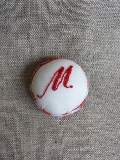 Check out this item in my Etsy shop https://www.etsy.com/listing/208493775/upcycled-pin-cushion-brooch-with-hand