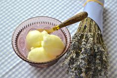 Sorbete de limón Ice Cream, Ethnic Recipes, Desserts, Lemon Sorbet, Slushies, Sweet Recipes, No Churn Ice Cream, Tailgate Desserts, Deserts