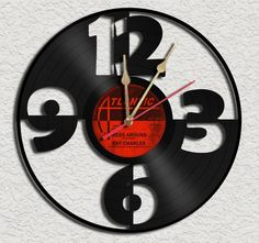 Big Numbers #VinylRecordClock.