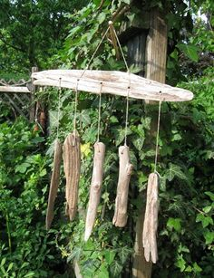 I love driftwood. The bleached, abraded pieces, beautifully shaped by water and wind. You can use driftwood as a decoration or make nice crafts with it. I made a driftwood wind chime for my garden: Th (Diy Garden Shade)