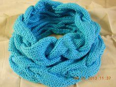 How to Flower Crochet Bracelets Knitting Videos, Loom Knitting, Knitting Stitches, Knitting Patterns Free, Knitting Projects, Crochet Projects, Crochet Ideas, Short Scarves, Knit Crochet