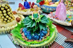Doll dressed up wit betel leaves :)